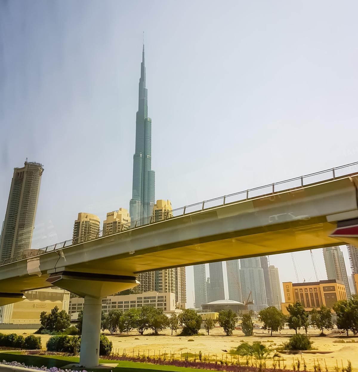Dubai@burj khalifa-2-12