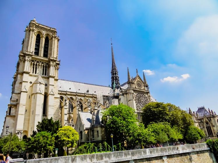 Paris -18 1-26