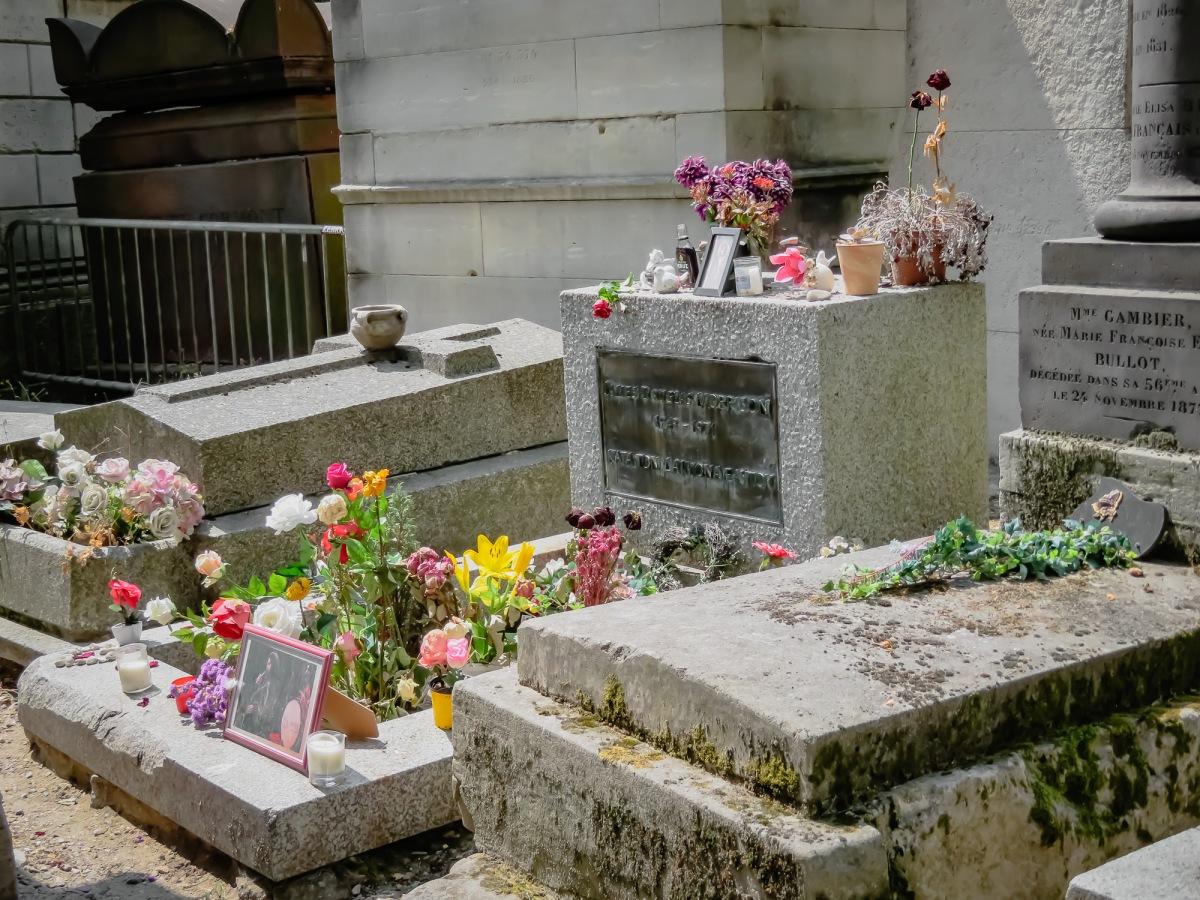 Paris -18 1-55