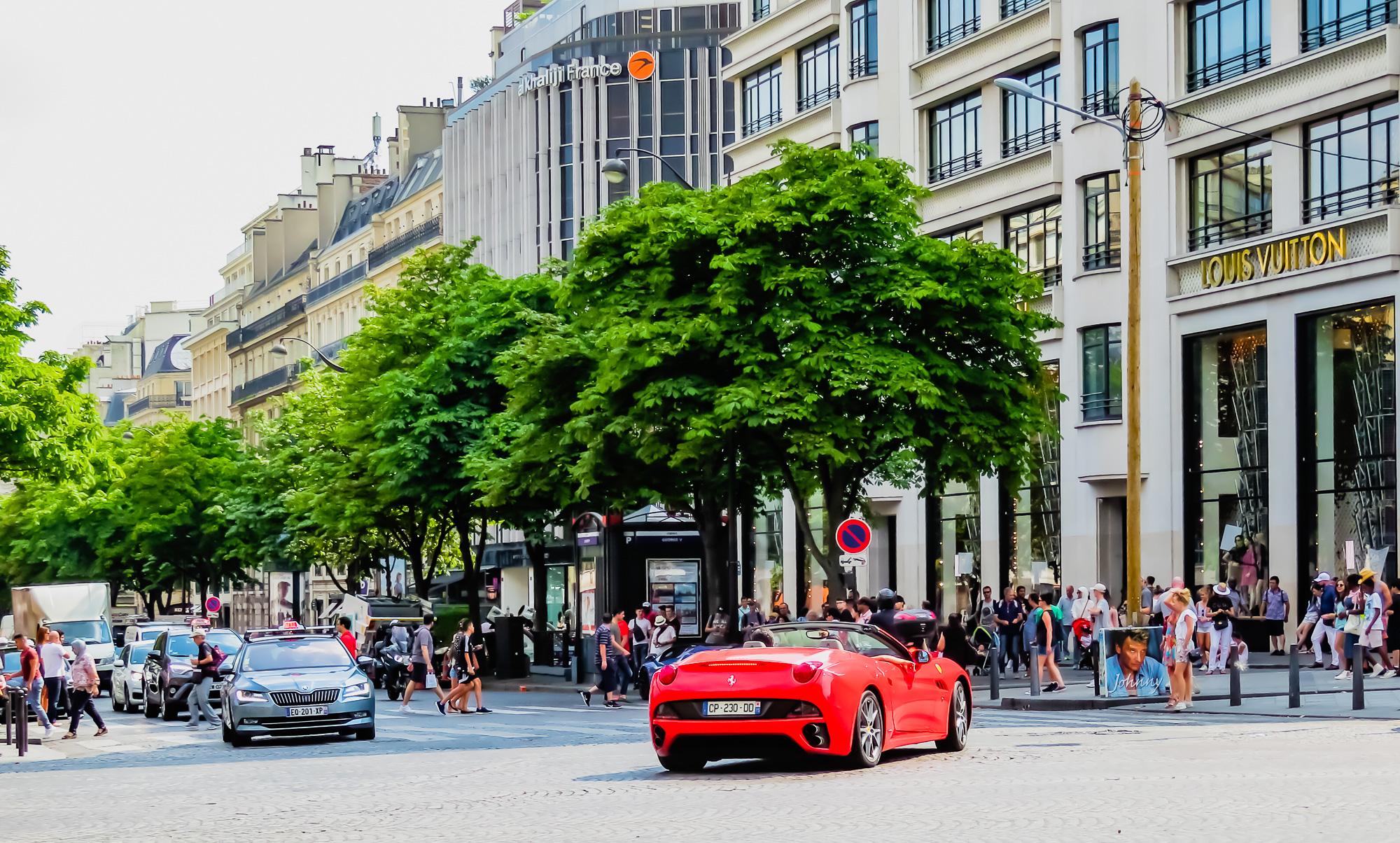 Paris -18 1-64