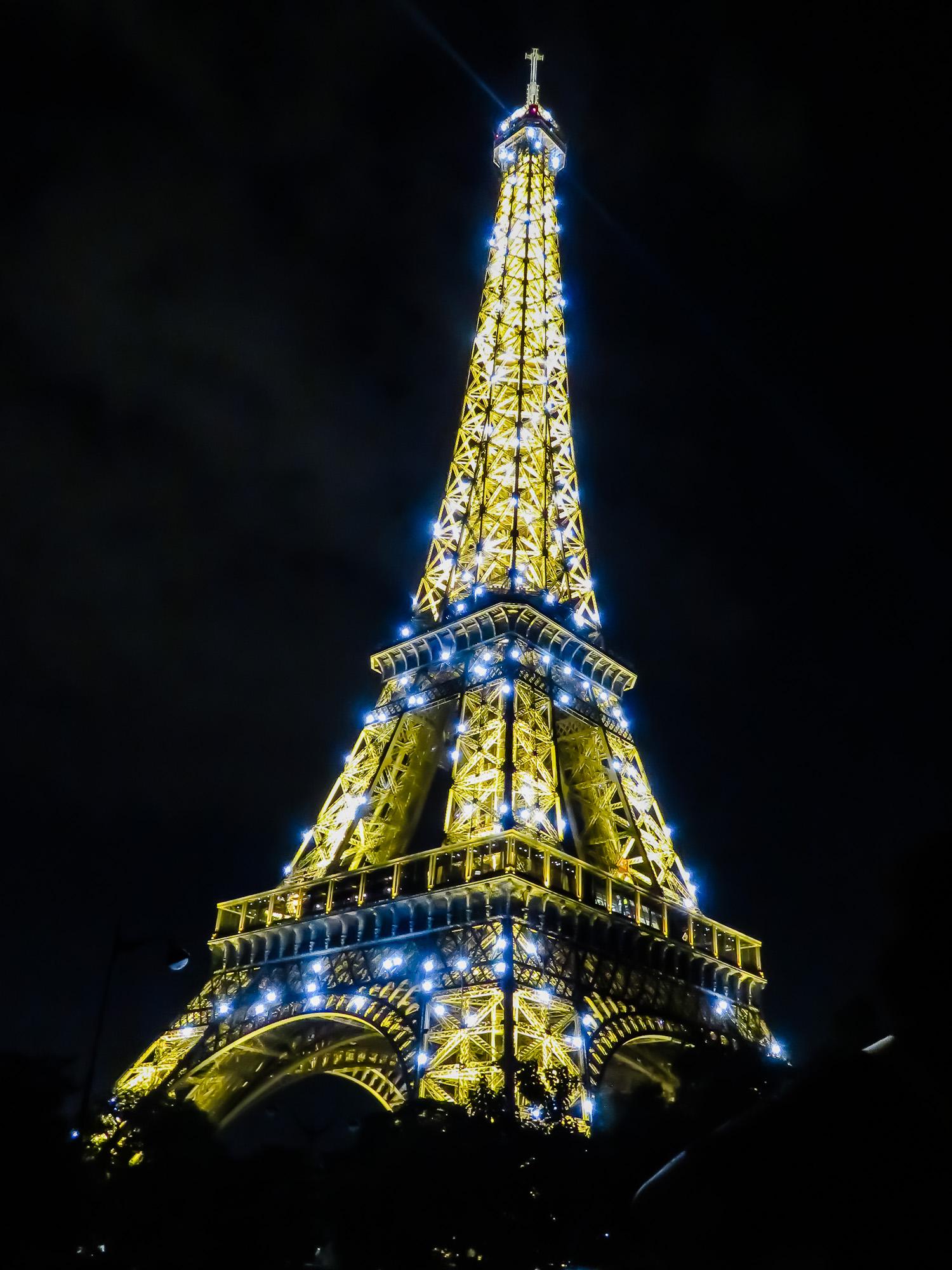 Paris -18 2-23