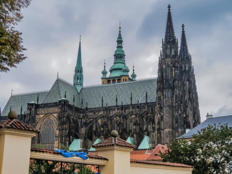 Prag kyrka och bro-2