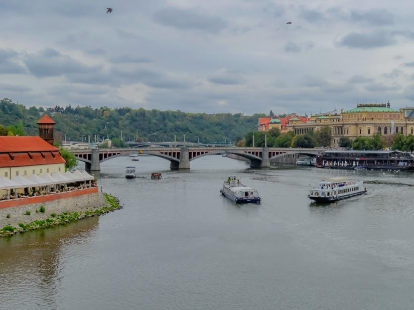 Prag kyrka och bro-44