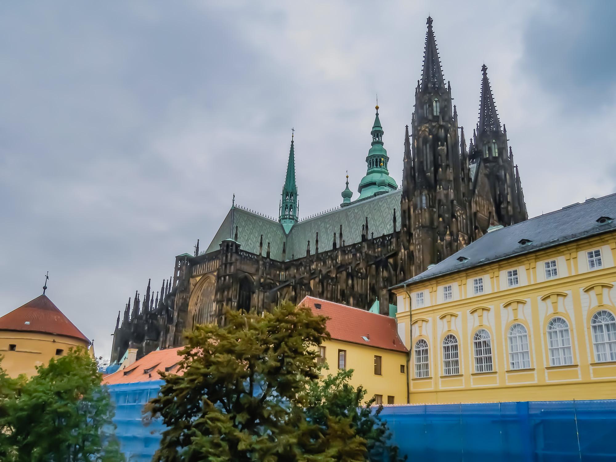 Prag kyrka och bro-5